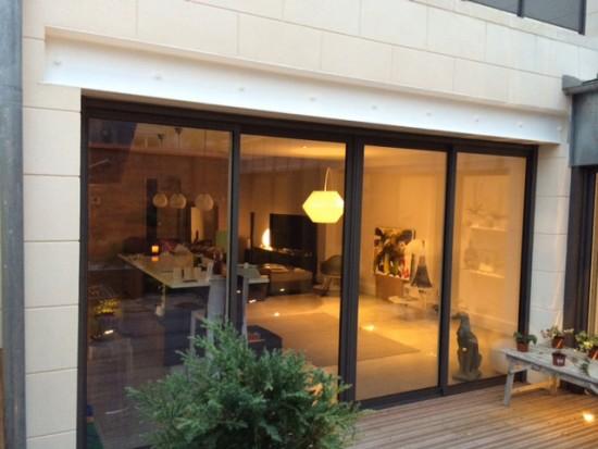 Pose d'une baie vitrée en aluminium 4 vantaux à Bordeaux